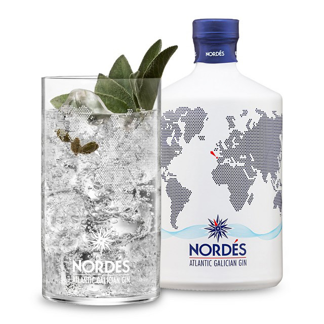 NORDÉS A COSTA GIN AND TONIC