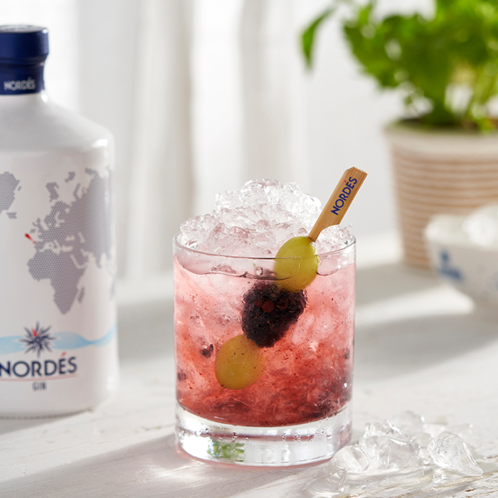 The most refreshing cocktails of the summer (White Lady & Bramble)